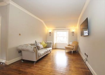 2 bed flat to rent in East Broughton Place, New Town, Edinburgh EH1