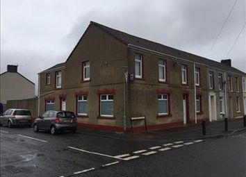 Thumbnail Pub/bar for sale in Former Golfers Inn, 17 Glandafen Road, Llanelli