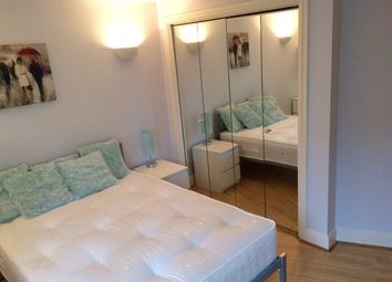 Thumbnail Room to rent in 10 Westferry Road, Canary Wharf, London