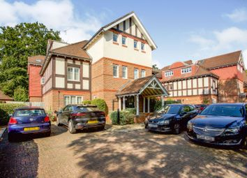 2 bed flat for sale in Coley Avenue, Woking GU22