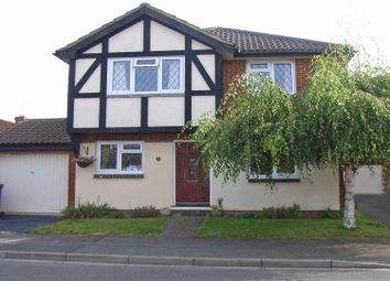 Thumbnail 4 bedroom detached house to rent in Loosen Drive, Maidenhead