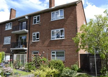 Thumbnail 2 bedroom flat for sale in Coats Hutton Road, Colchester
