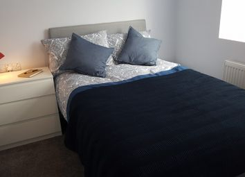 Thumbnail 6 bed shared accommodation to rent in Cheshire, Widnes