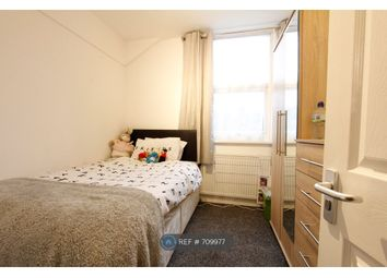 Thumbnail Room to rent in St. Edwards Road, Reading