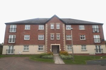 Thumbnail 2 bed flat to rent in Kings Court, Middlewich, Cheshire
