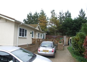 Thumbnail 2 bedroom mobile/park home for sale in Telegraph Hill, Honingham, Norwich