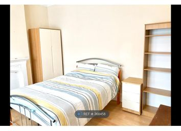 Thumbnail Room to rent in Pembroke Road, Ilford