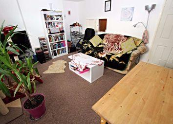 Thumbnail 2 bedroom flat for sale in Lichfield Avenue, Torquay