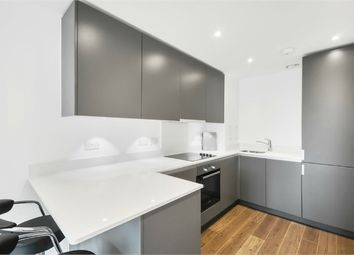 Thumbnail Flat for sale in Pinnacle Apartments, 11 Saffron Central Square, Croydon, Surrey