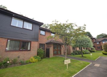 Thumbnail 2 bedroom flat to rent in Heathside Court, Tadworth