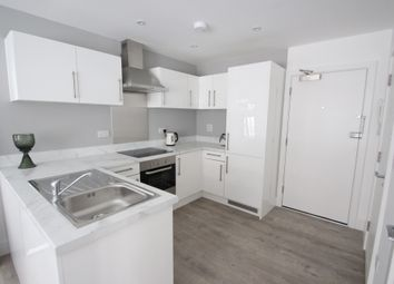 1 bed flat to rent in Barker Chambers, Barker Road, Maidstone, Kent ME16