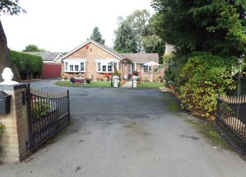 Thumbnail 3 bed bungalow for sale in Pamber Heath, Tadley, Hampshire