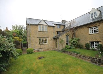Thumbnail 2 bed cottage to rent in Oxford Road, Enstone, Chipping Norton