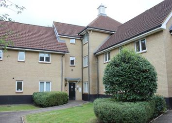 Thumbnail Flat for sale in Royal Crescent, Ilford