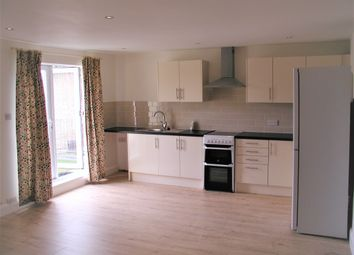Thumbnail 2 bedroom maisonette to rent in High Road, Broxbourne