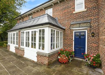 Thumbnail 2 bed cottage for sale in Wye House Gardens, Barn Street, Marlborough