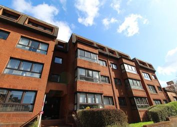 Thumbnail 2 bedroom flat to rent in Novar Drive, Hyndland