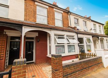 Thumbnail 1 bed flat for sale in Sweyne Avenue, Southend-On-Sea