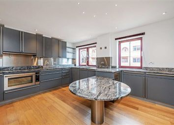 Thumbnail 4 bed flat to rent in William Morris Way, Fulham, London