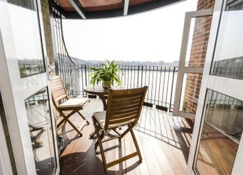 Thumbnail 3 bedroom flat for sale in Andes Close, Ocean Village Marina, Southampton