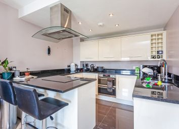 Thumbnail 2 bed flat for sale in Cavendish Road, Balham / Clapham