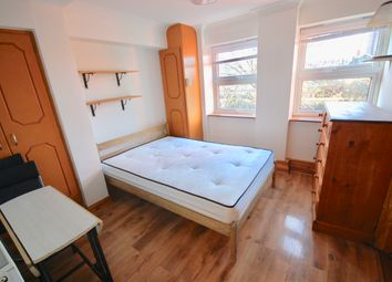 Thumbnail Studio to rent in St Thomas Rd, Finsbury Park