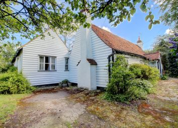 Thumbnail 3 bed cottage for sale in Harrow Road, North Benfleet, Wickford