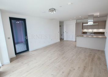 Thumbnail 1 bed flat to rent in Roosevelt Tower, 18 Williamsburg Plaza, Canary Wharf