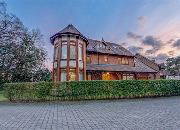 Thumbnail 6 bed detached house for sale in Ashbourne Gardens, Hertford, Herts
