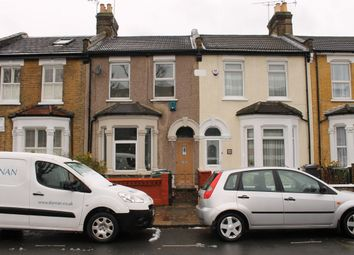 Thumbnail 2 bedroom flat to rent in Roland Road, Walthamstow, London