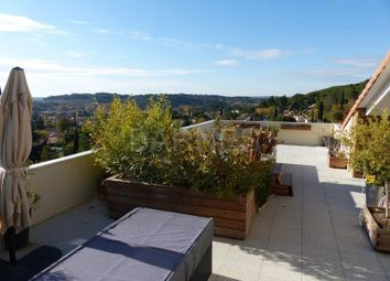 Thumbnail 3 bed apartment for sale in Luynes, Luynes, France