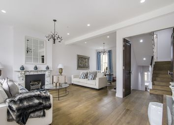 Thumbnail 6 bed terraced house to rent in Clapham Common North Side, London