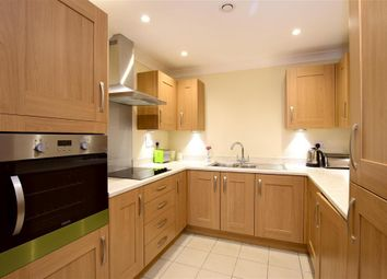 2 bed flat for sale in Sutton Avenue, Seaford, East Sussex BN25