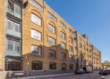 Thumbnail 3 bedroom flat to rent in Barck Church Lane, Liverpool Street