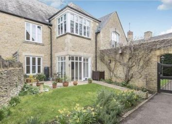 Thumbnail 2 bed flat for sale in Charlbury, Oxfordshire