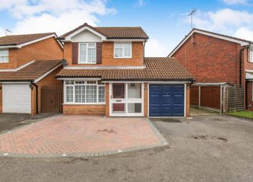 Thumbnail 3 bedroom detached house for sale in Ames Close, Luton, Bedfordshire, England