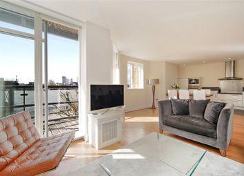 2 bed flat to rent in Merchants House, Collington Street, London SE10
