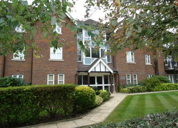 Thumbnail 2 bed flat to rent in Beckenham Grove, Bromley, Kent