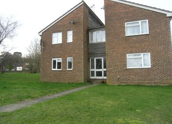 Thumbnail Studio to rent in Reedmace Close, Waterlooville, Hants