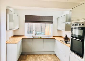 Thumbnail 5 bed property to rent in Cardiff Road, Dinas Powys