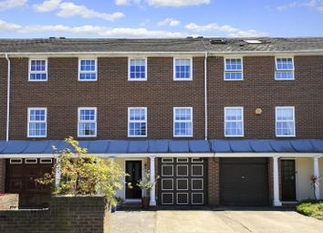 Thumbnail 4 bed town house for sale in Gainsborough Road, Kew