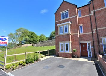 3 bed town house for sale in Carr Beck Rise, Greengates BD10