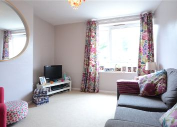 Thumbnail 2 bedroom flat for sale in Hemdean Road, Caversham, Reading