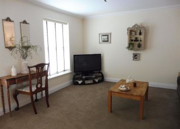 Thumbnail 4 bed property to rent in Kemp Road, North Walsham