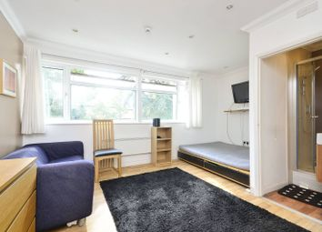 Thumbnail Studio to rent in Sovereign Close, Ealing, London