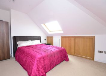 Thumbnail 3 bed property for sale in Limes Avenue, Golders Green, London