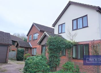 3 bed detached house to rent in Holmlea Road, Datchet, Slough SL3