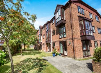 Thumbnail 2 bed flat for sale in Tanyard Close, Horsham