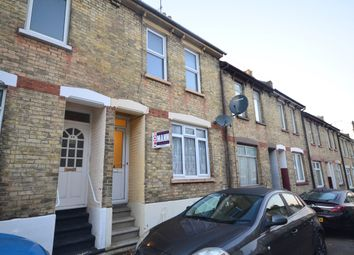 2 bed terraced house to rent in Ingle Road, Chatham ME4
