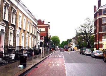 Thumbnail 3 bed flat to rent in Battersea Bridge Road, London